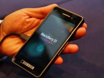 blackberry-10-dev-alpha-devicce1
